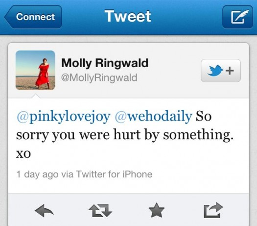 mike the fanboy writer pretty in pinky tweeting to molly ringwald about how mean and nasty she is to fans
