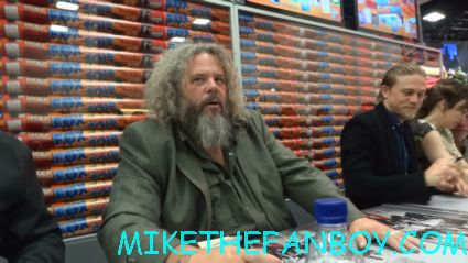 Mark Boone Jr signing autographs at the sons of anarchy cast signing at san diego comic con 2012 rare promo signed
