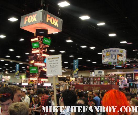 san diego comic con 2012 convention floor fox booth rare promo hot sexy rare signing autographs