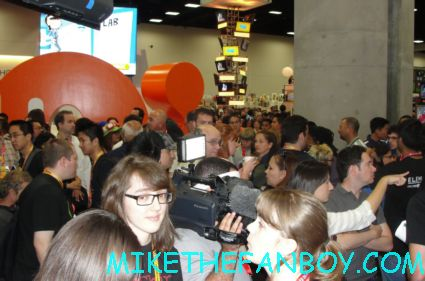 the crowd of people on the exhibit hall floor during san diego comic con 2012 sdcc rare promo