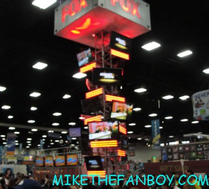 the fox booth at san diego comic con 2012 rare teen wolf cast autograph signing promo tyler posey