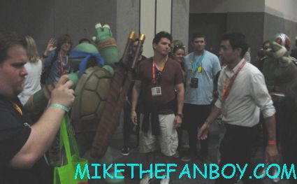 teenage mutant ninja turtles walking around the san diego comic con convention floor sdcc 2012