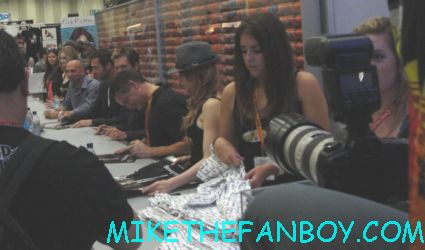 the following cast autograph signing with kevin bacon james purefoy hot sexy rare promo FOX booth san diego comic con 2012 sdcc rare