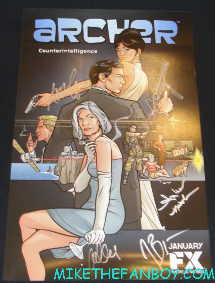 archer cast signed autograph poster from san diego comic con 2012 sdcc rare aisha tyler