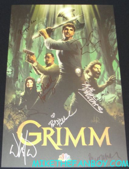 grimm cast signed autograph promo mini poster from the nerd hq autograph signing rare promo nbc sdcc comic con san diego 2012