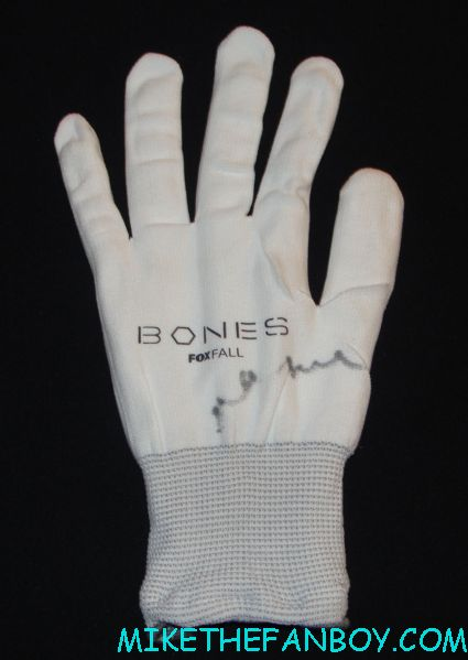 fox promo light up Bones gloves signed by emily deschanel at comic con 2012 sdcc 2012