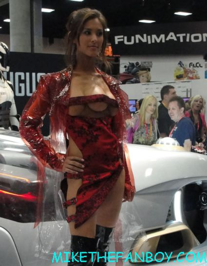 the girl with three boobs from san diego comic con 2012 rare hot sexy actress with total recall car hot