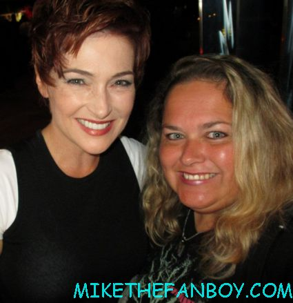 carolyn hennesy posing for a fan photo at the true blood season 5 wrap party hot sexy cougar town star