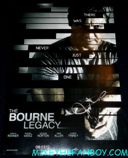jeremy renner signed autograph bourne legacy promo mini movie poster one sheet hot sexy sexy hottie jeremy renner signing autographs for fans after a talk show the bourne legacy