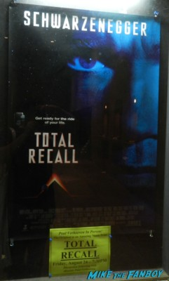 paul verhoven signing autographs for fans at a q and a for total recall at the egyptian theater in hollywood rare promo