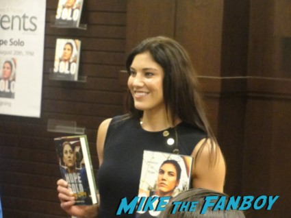 hope solo arriving to her book signing at the barnes and noble at the grove hot sexy soccer star black hair