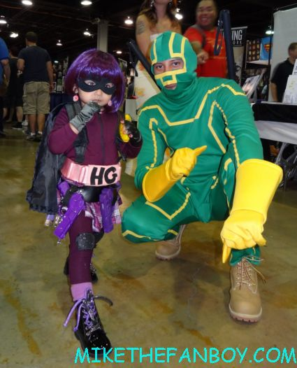 kick ass hit girl cosplayers lego superman costume cosplayers  at wizard world chicago 2012 opening gates sign logo rare promo with norman reedus sheryl lee rare autograph signed hot