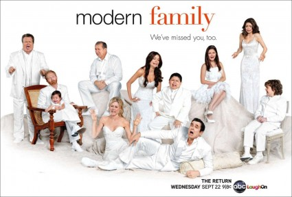 Modern-Family season two cast photo rare promo ed o'neil ty burrell hot sexy rare promo photo cast shot hot