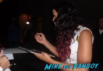 jordin sparks  signing autographs for fans after doing a promotional appearance for sparkle