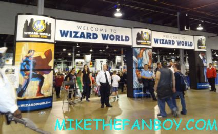 wizard world chicago 2012 opening gates sign logo rare promo with norman reedus sheryl lee rare autograph signed hot