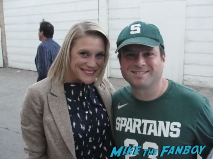 mike the fanboy's billy posing with katee sackoff for a fan photo Katee Sackhoff signed autograph rare promo signature battlestar galactica starbuck rare promo