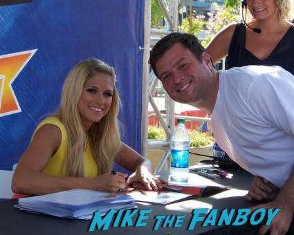 kelly kelly sexy wrestler ooking hot at the wwe Summer Slam Axxess 2012 fan event downtown los angeles signing autographs rare promo