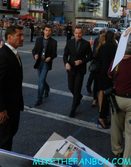bryan cranston signing autographs at the total recall world movie premiere hot sexy rare promo