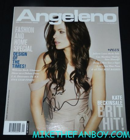 kate beckinsale signed autograph 2009 angelino magazine cover rare promo hot sexy