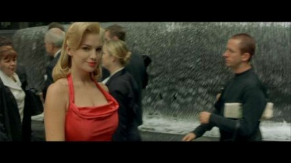 the woman in red from the matrix trilogy Sydney australia the filming location for the matrix trilogy martin place fountain  rare promo neo hot sexy keanu reeves