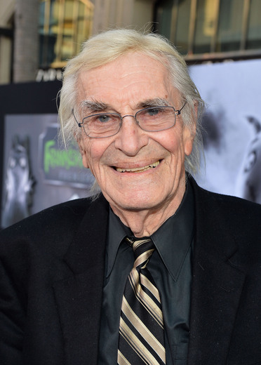 martin landau arriving at the Frankenweenie hollywood movie premiere el capitan theater tim burton catherine O'Hara winona ryder rare signing autographs