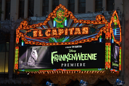 Frankenweenie hollywood movie premiere el capitan theater tim burton catherine O'Hara winona ryder rare signing autographs