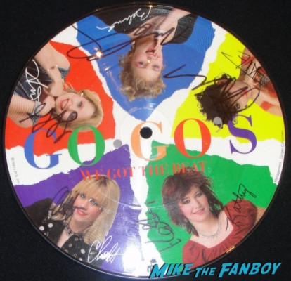 "The Go-Go's our lips are sealed 7"" picture disc signed autograph gina schock belinda carlisle jane wiedlin charlotte caffey kathy valentine"