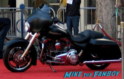 sons of anarchy world movie premiere red carpet with charlie hunnam jaxx motorcycle rare