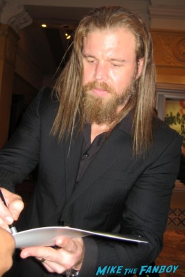 Ryan Hurst signs autographs for fans at the sons of anarchy world premiere in westwood rare promo