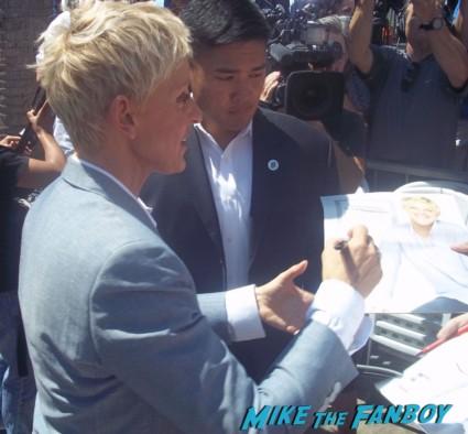 Ellen Degeneres signing autographs for fans at Ellen Degeneres walk of fame star ceremony in hollywood hot sexy rare signature