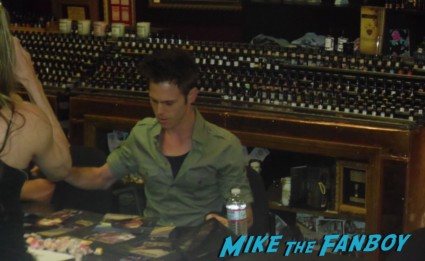 joe giles walker signing autographs for fans at the walking dead season 2 dvd signing at dark delicacies rare promo