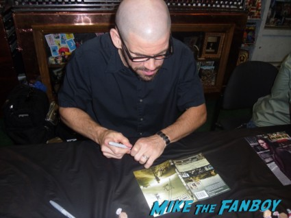 brian hillard walker signing autographs for fans at the walking dead season 2 dvd signing at dark delicacies rare promo