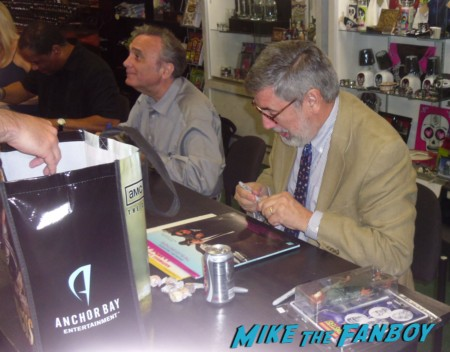 john landis joe dante rare promo signing autographs at dark delicacies in burbank
