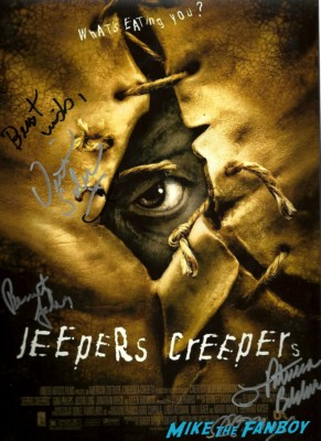 victor salva signed autograph dvd jeepers creepers  signed dvd signing autographs for fans at dark delicacies at the jeepers creepers blu ray dvd signing below zero the hills have eyes