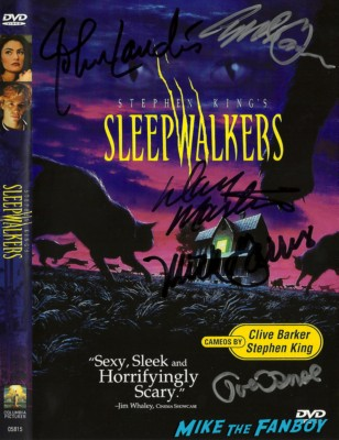 sleepwalkers signed autograph dvd cover john landis and joe dante at the dark delicacies sleepwalkers dvd signing Joe Dante, John Landis, and Mick Garris dark delicacies sleepwalkers dvd signing rare masters of horror