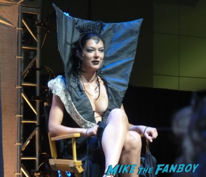 adrienne curry at the dating game at stan lee's comikaze expo 2012 sweating in the heat of the day