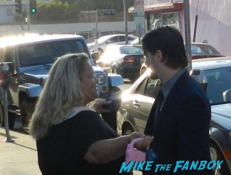 Pinky talking to jason ritter from the event at a play reading Pinky from Mike the fanboy along with Liz two sexy alias fangirls hot rare fans