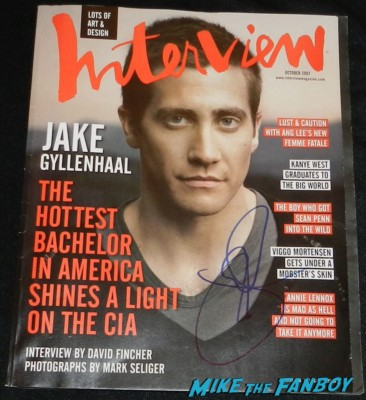 Jake Gyllenhaal  signed autograph interview magazine 2007 rare hot sexy photo shoot end of watch movie premiere jake gylenhall signing autographs 050