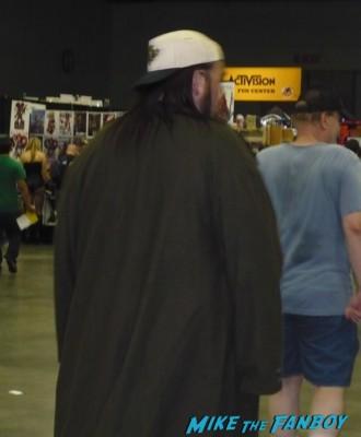 kevin smith costume stan lee's  comikaze expo 2012 sweating in the heat of the day