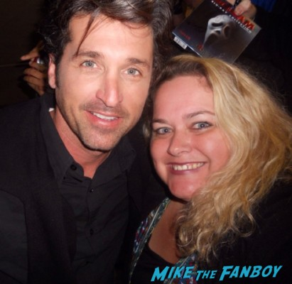 pretty in pinky posing for a fan photo with patrick dempsey aka mcdreamy from grey's anatomy hot sexy photo fail loverboy can't buy me love star rare promo