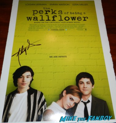 signed perks of being a wallflower mini movie poster  Johnny Simmons signs autographs for fans on the red carpet at the perks of a wallflower movie premiere rare promo signed