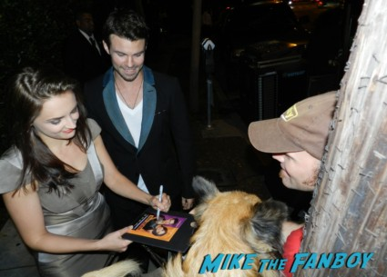 hot sexy Rachel Lee Cook and Daniel Gillies signing autographs emmy party 018