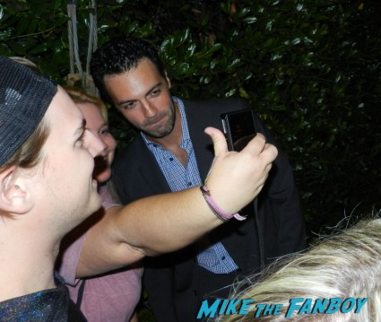 Reid Scott posing for a photo with mike the fanboy at an Emmy party 2012 the big c rare promo hot sexy doctor