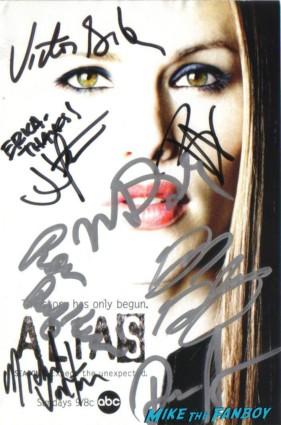 alias signed autograph dvd insert by jj abrams merrin dungey david anders bradley cooper michael vartan greg grunberg
