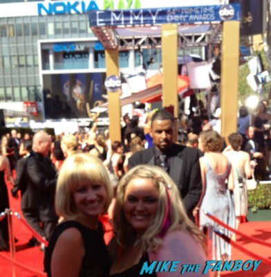 pinky and lindsay on the red carpet at the emmy awards 2012 pinky from mike the fanboy at lindsay from I am not a stalker at the emmy awards 2012 sexy fangirls