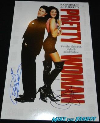 richard gere signed julia roberts pretty woman autograph promo mini movie poster hot sexy 1990 roxette it must have been love richard gere signing autographs for fans 035