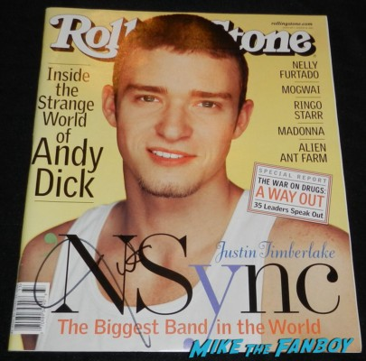 justin timberlake signed autograph vintage 2001 rolling stone magazine nsync photo shoot rare justin timberlake signing autographs at the trouble with the curve movie premiere red carpet Trouble With The Curve Movie Premiere! Meeting Sexyback Singer Justin Timberlake! With Amy Adams! Clint Eastwood! John Goodman! Matthew Lillard! Autographs! Photos! And More!