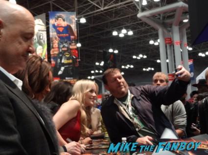 666 park avenue autograph signing at nycc new york comic con 2012 rare promo vanessa williams david annabelle