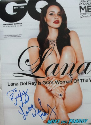 lana del rey signed autograph british gq magazine 2012 sexy lana del rey signing autographs for fans hot ride songstress born to die video games hot sexy photo shoot rare promo