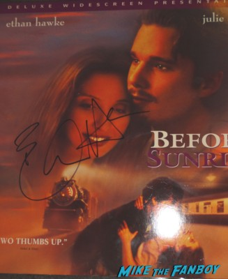 Ethan Hawke signed autograph Before Sunrise Laser disc cover rare promo ethan hawke signing autographs for fans Sinister movie premiere at the landmark regent theater ethan hawke rare promo signing autographs for fans